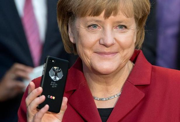 Angela Merkel BlackBerry