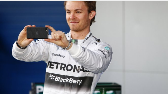 Nico - Mercedes AMG - BlackBerry