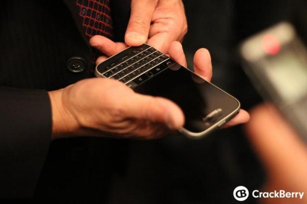 BlackBerry Classic 04