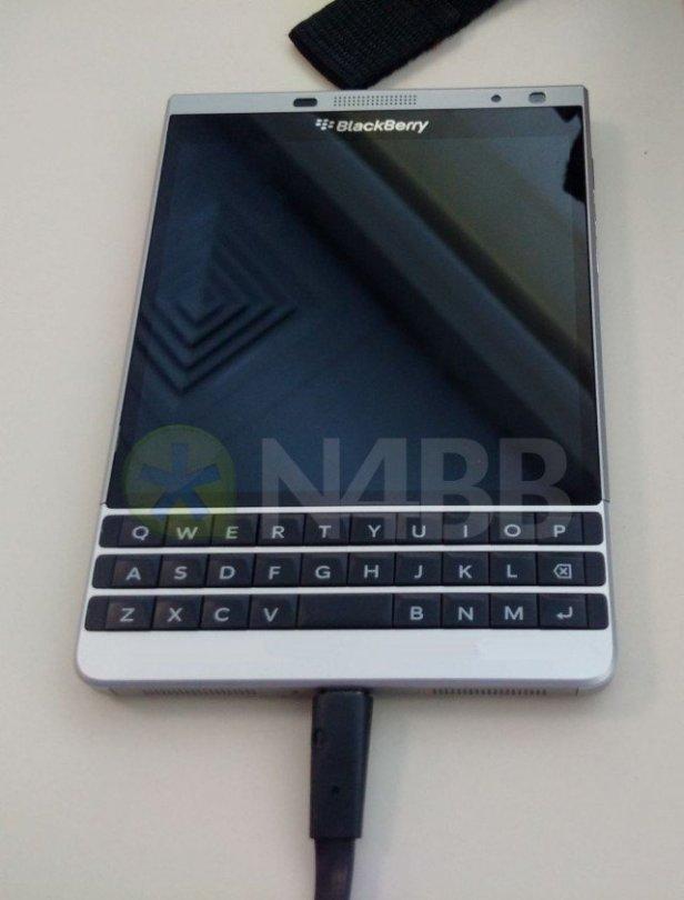 BlackBerry Oslo 01